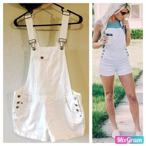 White vintage lei overall shorts